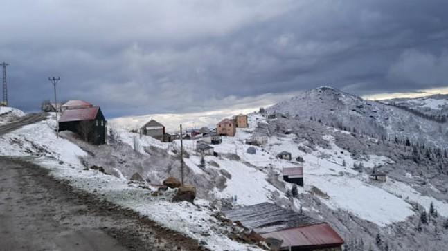 Sis Dağına Kar Yağdı